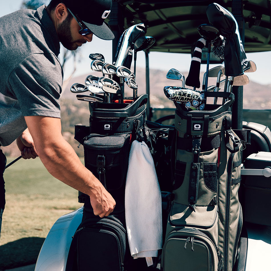 ogio-golf-bags-stand-2019-alpha-convoy-514-lifestyle-2