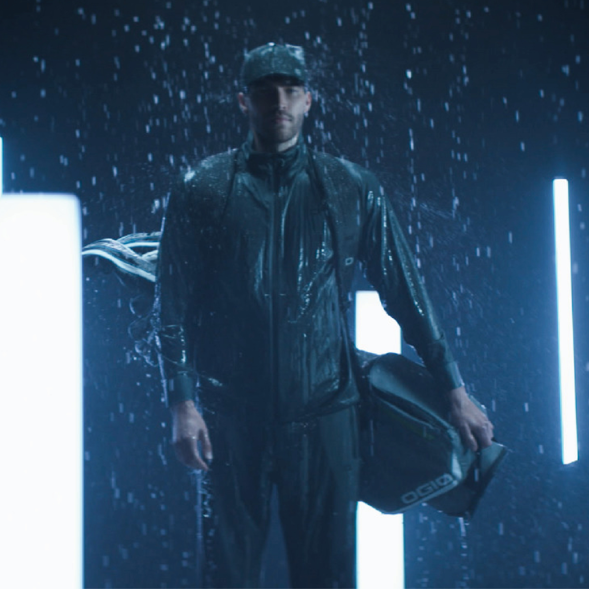 ogio-outerwear-2019-all-elements-rain-jacket-lifestyle-1