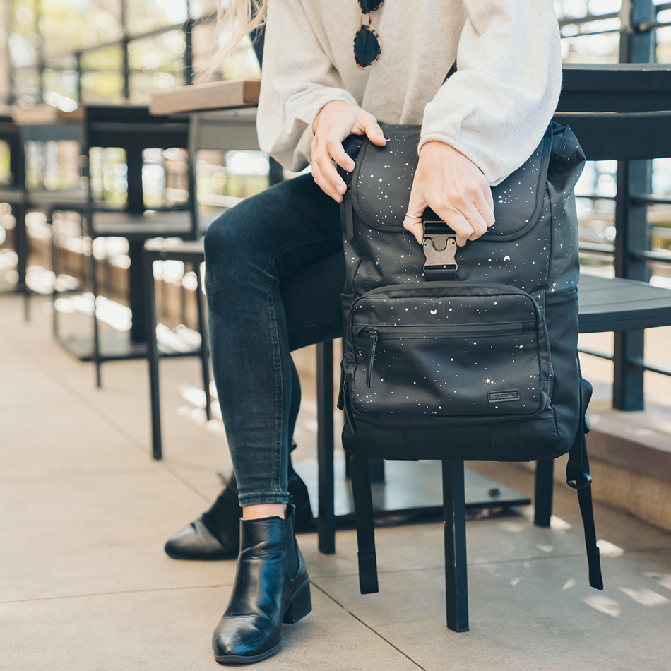 ogio-backpack-2020-xix-20-lifestyle-3