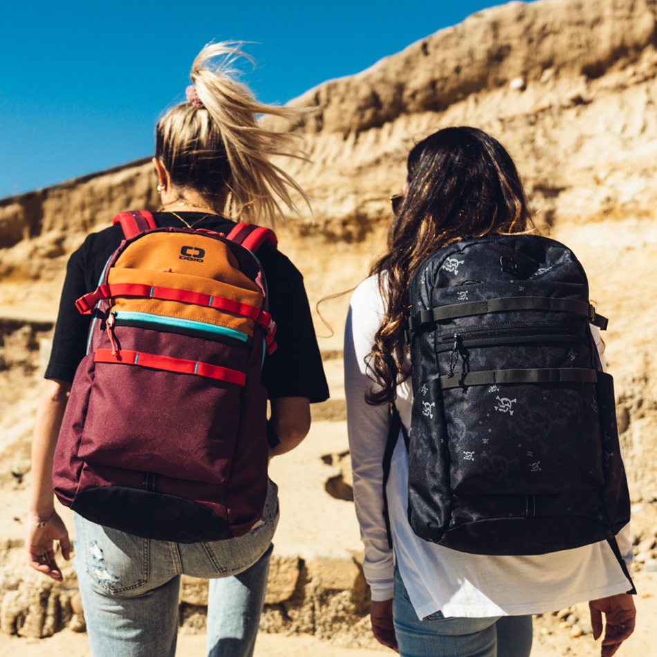 alpha-20-backpack-lifestyle-1