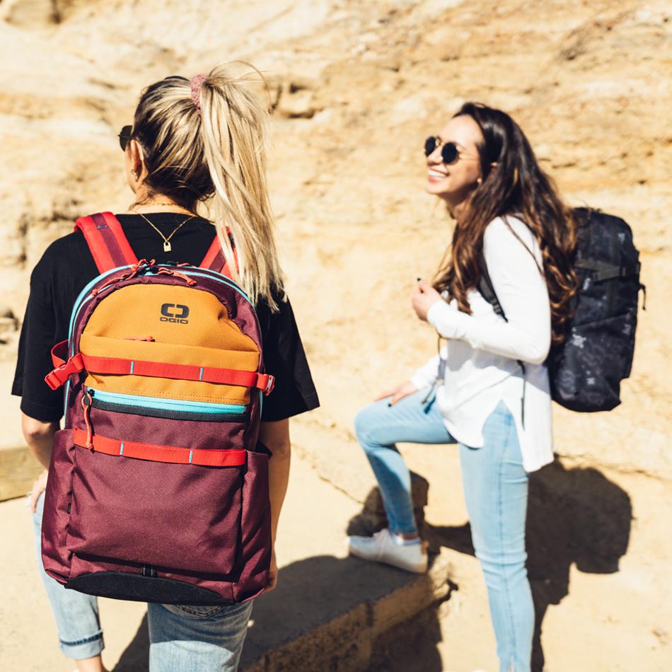 alpha-20-backpack-lifestyle-2